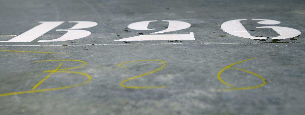 marquage-peinture-sol-parking